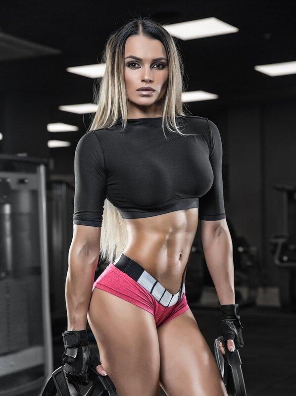 Фитнес красотки хотят секса