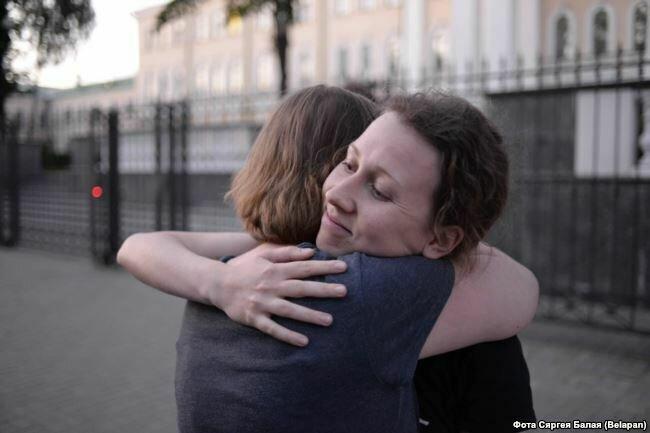 Анна Ермаченок после освобождения вечером 9 августа Фото: svaboda.org