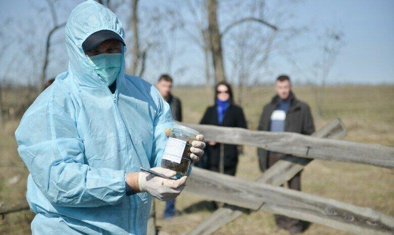 Брестские активисты решили проверить заводские отходы — против эксперта возбудили уголовное дело