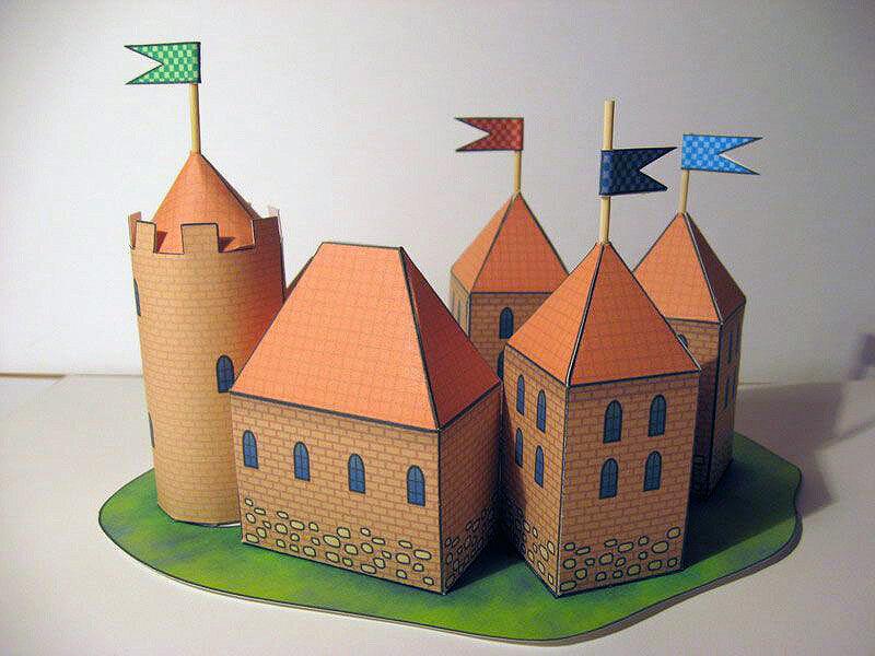 Рыцарский замок  из бумаги