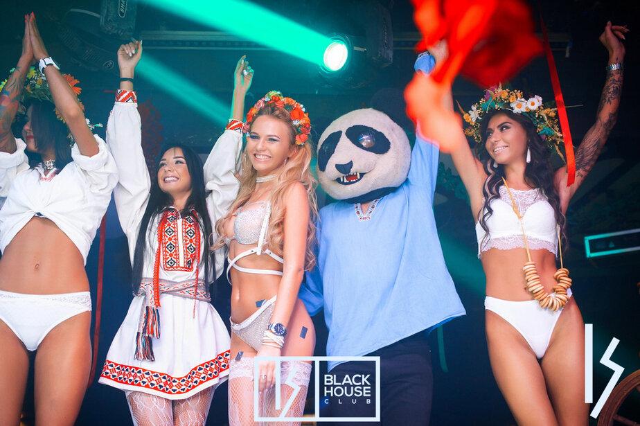 Порно вечеринки с русскими девочками