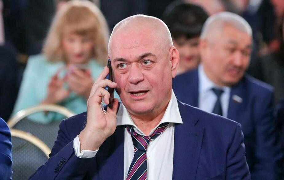 8a87827d0fe73 В центре Москвы погиб журналист Сергей Доренко 38