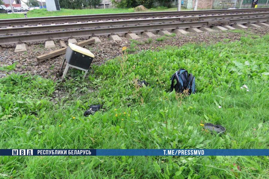 В Молодечно поезд насмерть сбил 14-летненго мальчика. Он был в наушник
