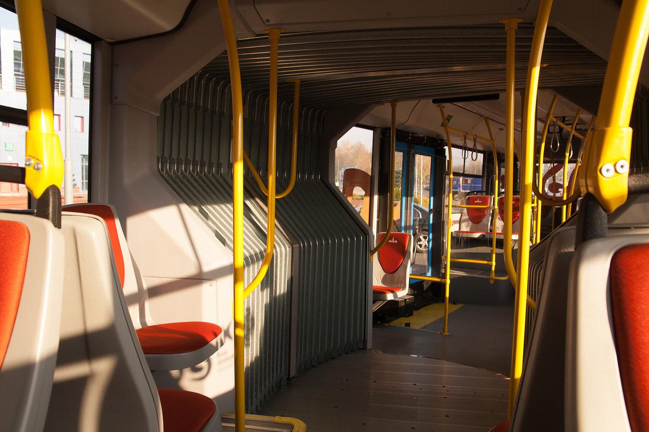 Автобус изнутри картинка доченька тебе